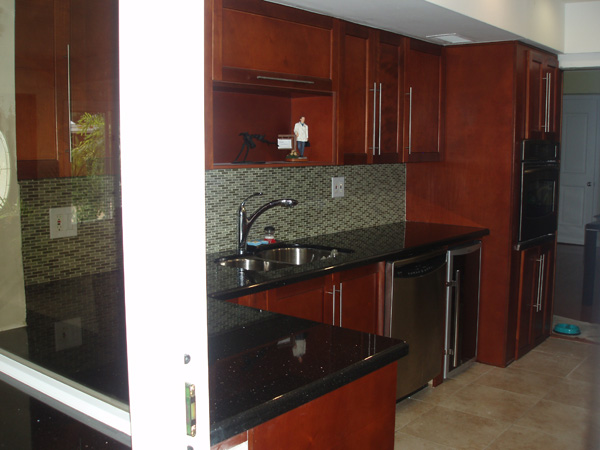 Cherry Kitchen Cabinets Black Granite